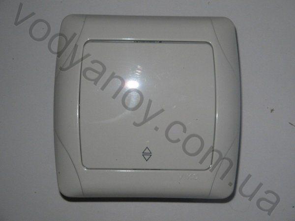 Схемы компьютерных блоков питания ар-3-1 Oval sunny удлинители стабилизаторы напряжения электропатроны Выключатель...